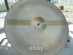 Vintage 1950's Zildjian Avedis 22 DARK SIZZLE Ride Cymbal Big 1 7/8 Stamp